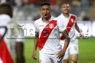 Uruguay con un hombre empató 1-1 con Perú en el Estadio Nacional de Lima [VIDEO RESUMEN Y GOLES]
