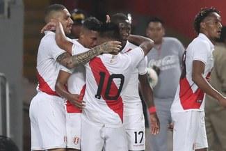 Selección Peruana: Captan a jugadores de la 'bicolor' en karaoke tras partido ante Uruguay [VIDEO]