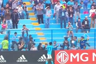 Carlos Lobatón y su gesto con hinchas de Sporting Cristal que viene siendo viral en redes sociales [VIDEO]