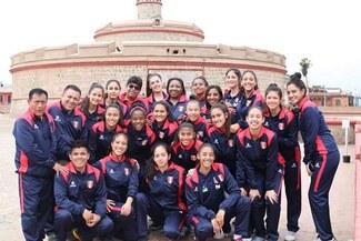 Gina Torrealva, ex medallista olímpica, y su objetivo alzar título Sudamericano como entrenadora U16