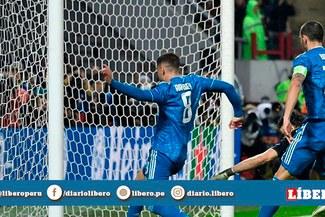 Cristiano Ronaldo anota 1-0 tras blooper del portero rival, pero se lo dan Ramsey  [VIDEO]