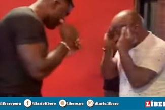 Mike Tyson sorprende dando clases de boxeo a peleador de UFC [VIDEO]