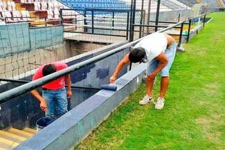Alianza Lima: noble gesto de hinchas para remodelar tribunas previo 'Noche Blanquiazul' [VIDEO]