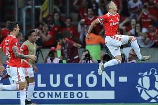 U de Chile eliminada de la Copa Libertadores tras caer 2-0 ante Inter de Paolo Guerrero
