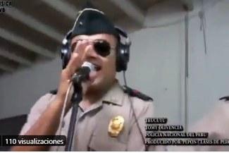Policía Nacional y el día que sonreían a punta de son y rumba: recuerda este homenaje salsero [VIDEO]
