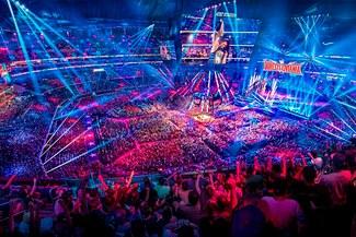 Programas de WWE corren riesgo ante la orden de confinamiento decretada por el estado de Florida