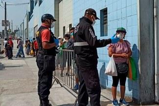 Estadio de Cristal es usado como 'mercado itinerante' tras cerrar Caquetá [VIDEO]