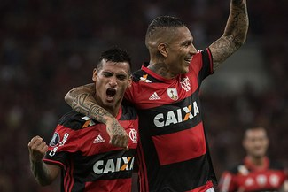 Miguel Trauco, Paolo Guerrero y la jugada que molestaba a los jugadores del Flamengo