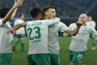 Sueña con quedarse en Primera: Bremen venció 1-0 al Schalke 04