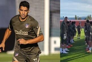 """Luis Suárez recibió caluroso """"bautizo"""" de los jugadores del Atlético Madrid y envió mensaje [VIDEO]"""