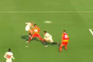 Alejandro Hohberg decreta el 2-0 de Universitario sobre Grau con letal cabezazo [VIDEO]