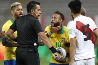 Julio Bascuñán, el árbitro chileno que perjudicó a la Selección Peruana ante Brasil