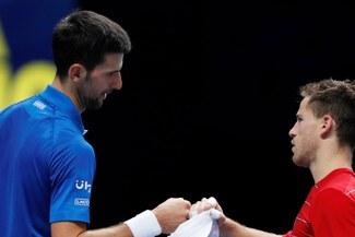 Djokovic venció por 2-0 a Schwartzman por ATP Finals de Londres
