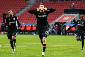 Leverkusen venció por 2-1 a Borussia Dortmund y escala posiciones en la Bundesliga