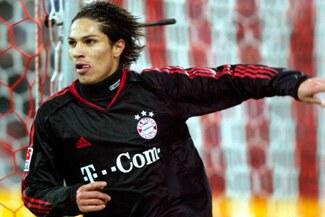 Paolo Guerrero, considerado en el once ideal de jugadores descubierto por cazatalentos del Bayern Munich