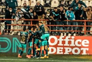 Con Santiago Ormeño, Puebla venció 3-1 a Pachuca por la fecha 14 de la Liga MX