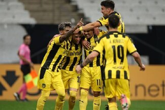 Son líderes del Grupo E: Peñarol ganó 2-0 a Corinthians por Copa Sudamericana 2021