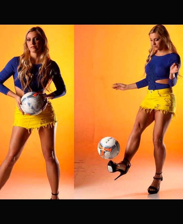 Fernanda Columbo la arbitra de fútbol de calienta las redes sociales | FOTOS