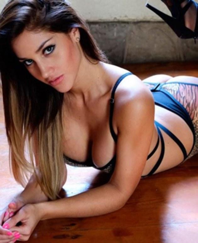 Andrea Cifuentes pone de vuelta y media el Instagram con sensuales fotos