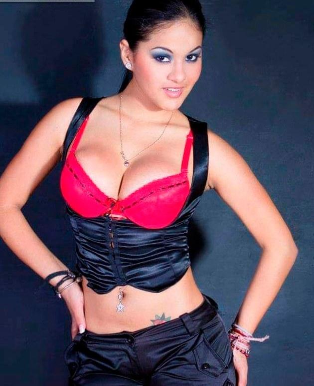 """Katty García aloca a """"novio"""" con fotos de infarto"""