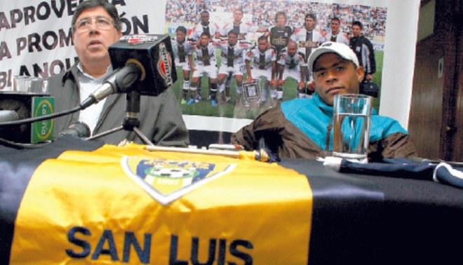 """Dueños del San Luis le exigen a Alarcón que le pague al """"Zorrito"""""""