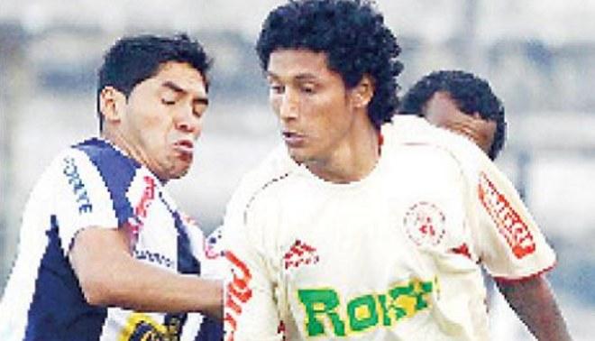 Rodas se escapó: Argentino ya no jugaría en Alianza