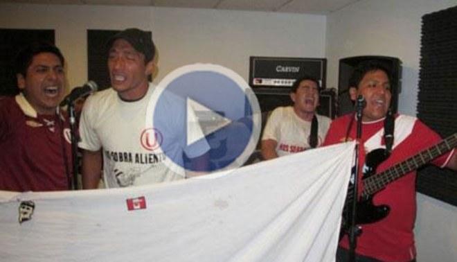 Universitario: Carlos Galván cantó con banda 'Nos sobra aliento'