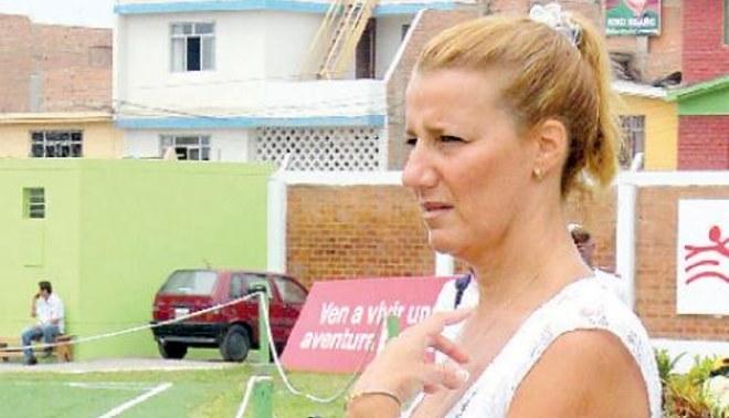 Karla Bozzo pide explicaciones a Manassero por favorecer a Universitario