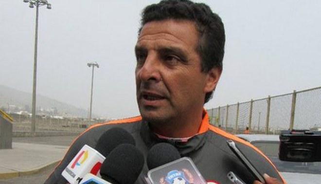 Javier Chirinos: Sería un orgullo dirigir a la selección Sub 20