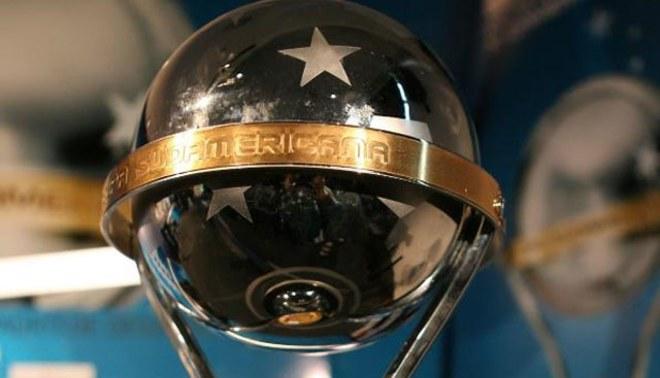 LÍBERO en el sorteo de la Copa Bridgestone Sudamericana