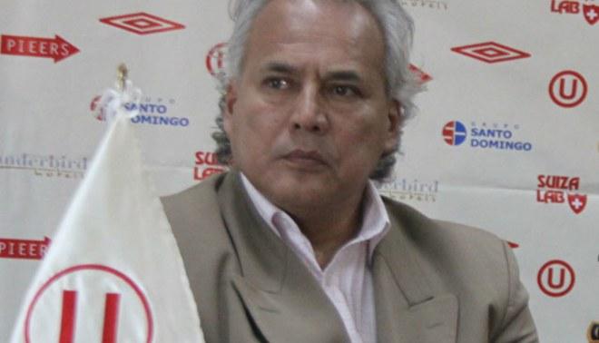 Plantel de Universitario firmaron planilla con la firmeza de no ver más a Enrique Sánchez