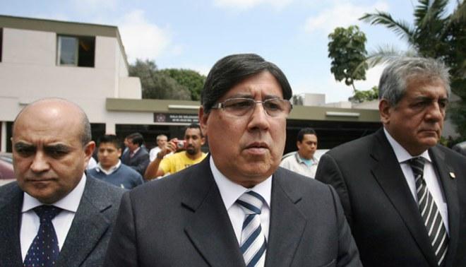 Socios pedirán que Guillermo Alarcón convoque a elecciones