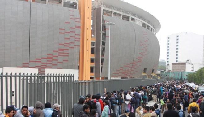 Conoce a qué hora se abrirá el Estadio Nacional para el encuentro  entre Perú y Paraguay