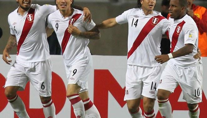 """Con los """"4 fantásticos"""" : La selección va con todo a Chile"""
