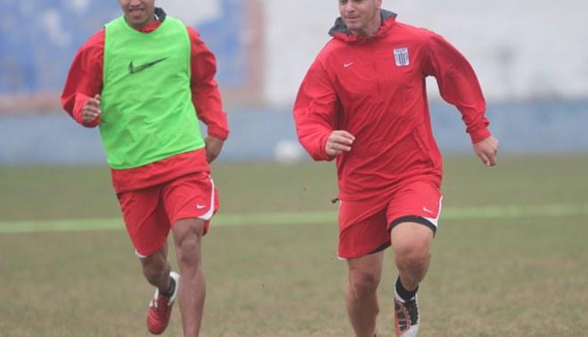 Quinteros, Jayo y Sánchez no continuarían en Alianza Lima en el 2012