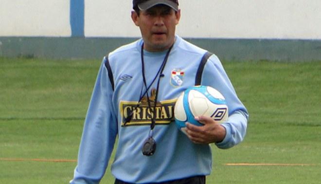 Técnico de Sporting Cristal admitió que hubo 'fiestón' para unir más al grupo