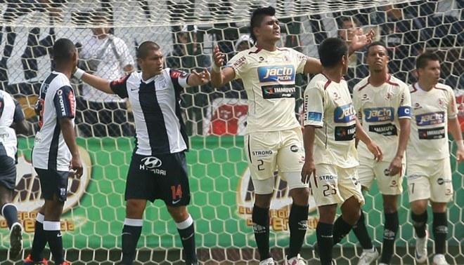 Carlos Solís y Luis Cardoza se jugaron un duelo aparte