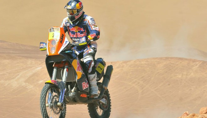 Cyril Despres gana undécima etapa y le saca dos minutos a Coma, que acaba tercero