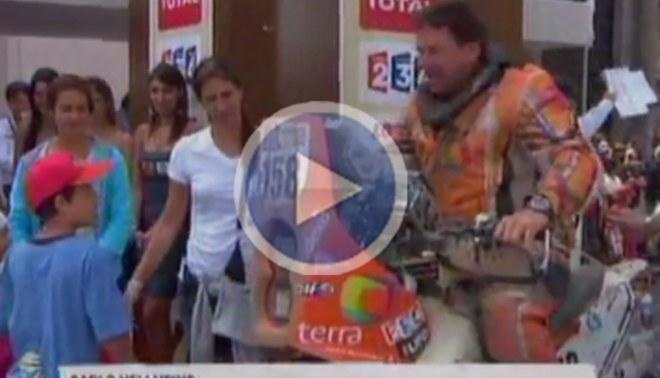 Motociclistas del Rally Dakar son los primeros en llegar a la Plaza de Armas