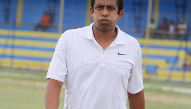 Será difícil: Comando técnico de Alianza Lima analiza videos del Libertad de Paraguay