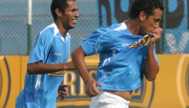 Carlos Lobatón y Renzo Sheput quieren deleitar con su fútbol en Sporting Cristal
