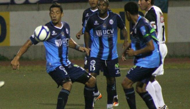 Carlos Galván: Alianza Lima es un equipo más
