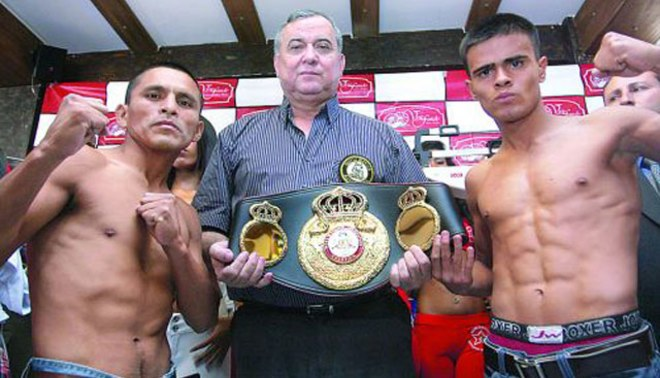 """¡Todos contigo """"Chiquito""""!: Alberto Rossel pelea hoy por el título mundial minimosca"""