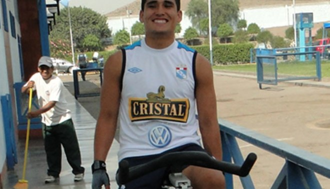 Irven Ávila: Quiero llegar al nivel que demostré en Sport Huancayo