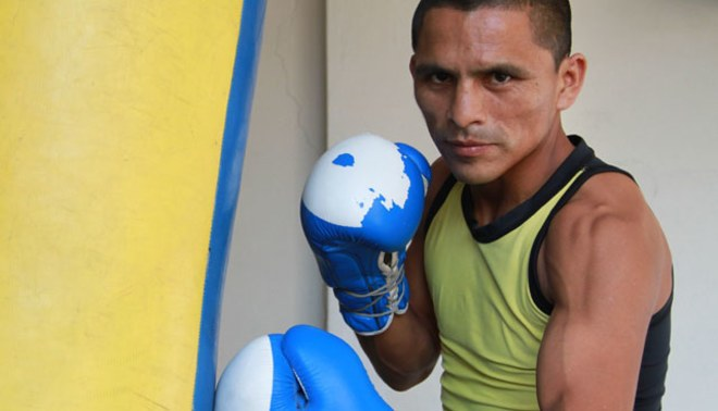 El campeón mundial de Boxeo Alberto Rossel recibirá los Laureles Deportivos