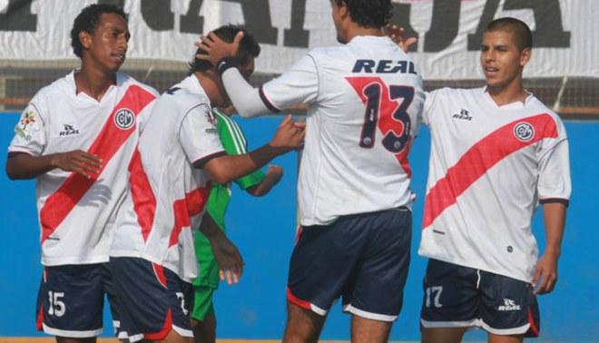 Empezó 'barriendo': Deportivo Municipal goleó 3-0 al DIM