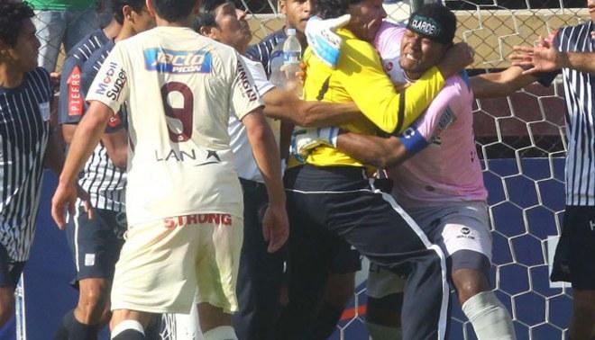 ADFP castigó a Juan Flores y Francisco Pizarro con tres y cuatro fechas, respectivamente