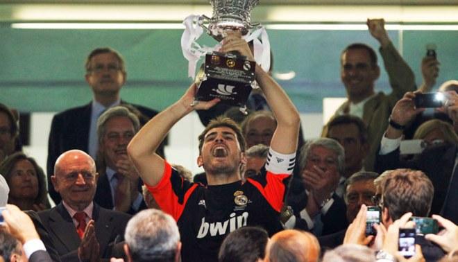 Íker Casillas cumple 13 años de estreno en el primer equipo de Real Madrid