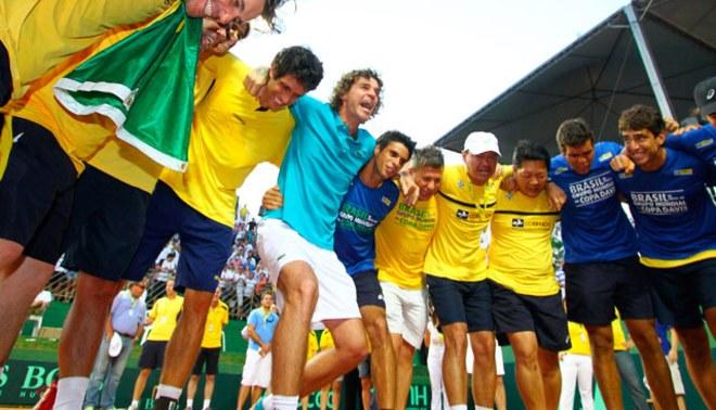 Brasil ganó a Rusia en dobles y vuelve al Grupo Mundial de Copa Davis