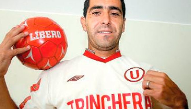'Chino' Ximénez será peruano la próxima semana y en el 2013 no ocupará plaza de extranjero en Universitario